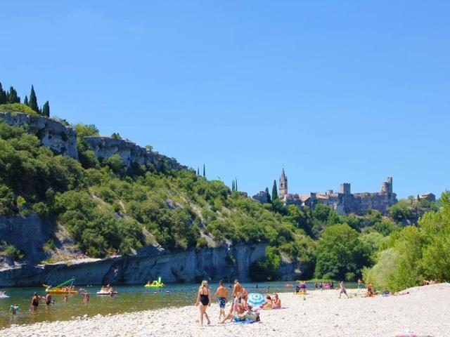 Vakantie bij rivier Zuid Frankrijk